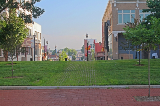 Just a quick shot my sweet hubby took of Downtown Springfield Square in the early, early morning that we were doing this shoot. Love my pretty town! <3